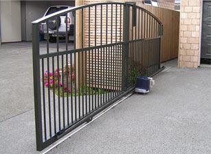 sliding driveway gate